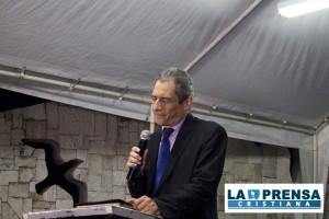 Pastor. Mario Vega