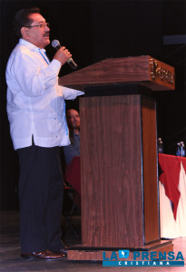 Pastor Dr. Mauricio Navas.