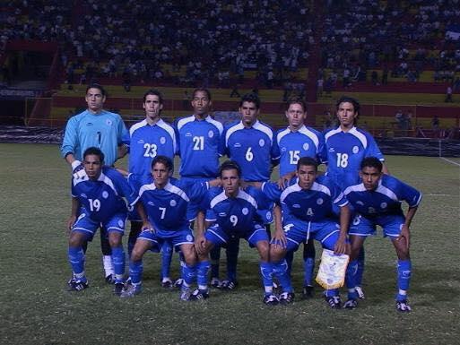 Pedro Reyes en su paso por la selección nacional de El Salvador.