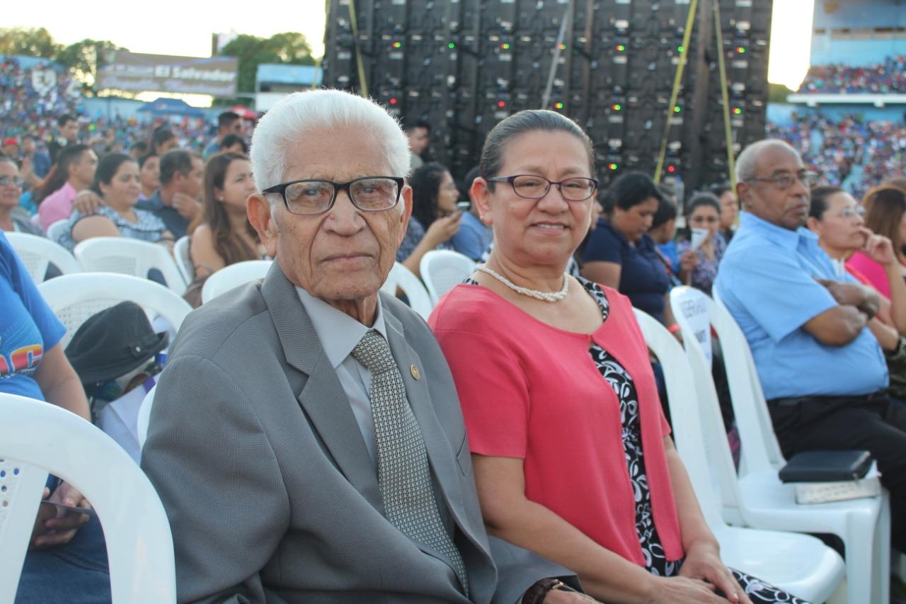 Presidente de los jóvenes de Asambleas de Dios en el año de 1962 Cristóbal Ramírez