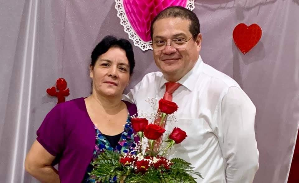 Hna. Gladis y Pastor Omar Diaz (Iglesia Elim Zacatecoluca)